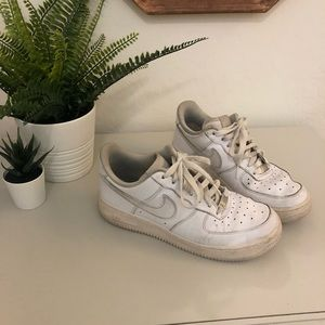 White Nike Air Force 1 sneakers womens size 8